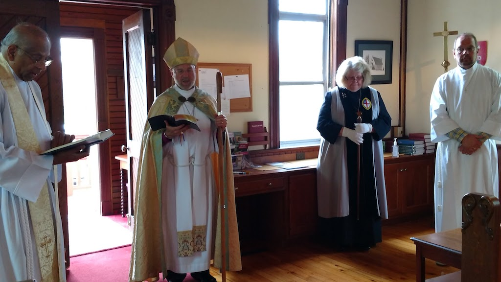 Bishop Ian Douglas before a service at St. Paul's Episcopal Church in Westbrook, CT